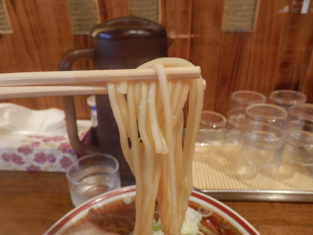 「中華そば つし馬」麺